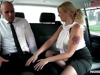 Vipsexvault -big butt milf barbara nova has hawt sex outdoor