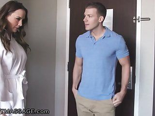 Fantasymassage hotel suggests milf chanel preston a free rub