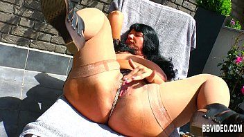 Chubby german milf fuck sex-toy outdoors