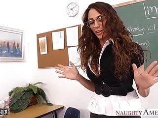 Sexy sex teacher ariella ferrera fuck her younger student