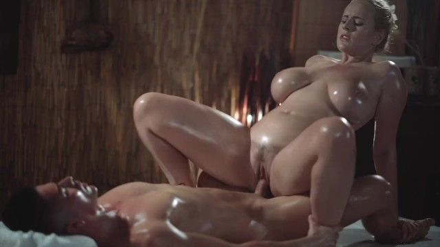 Massage rooms hot milf with giant natural whoppers gives oily titwank