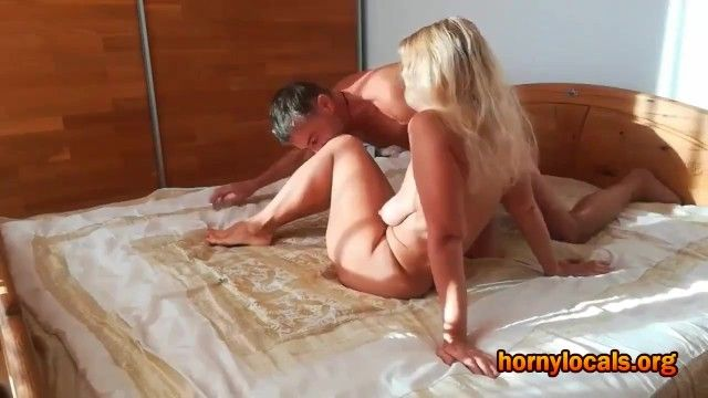 Breasty older woman enjoys being pumped by paramour