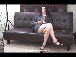 Non-professional milf porn casting clip