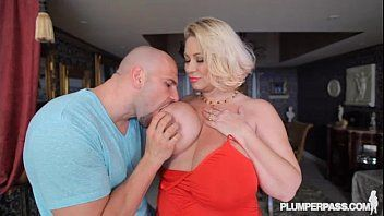 Breasty floozy milf samantha 38g copulates college dance instructor