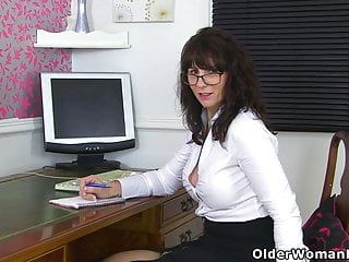 Scottish milf toni lace will acquire u the most good deal in city