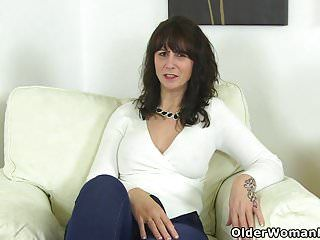 Scottish milf toni lace dips her fingers into her wet snatch