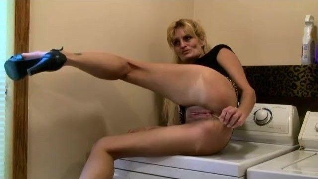 Marie wadsworthy wife mamma smokin oral-stimulation jizz flow banging cunt cougar milf